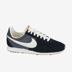 Nike-Pre-Montreal-Racer-Vintage-Womens-Shoe-555258_014_A