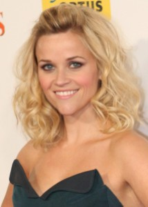 Reese_Witherspoon_May_2011_(cropped)